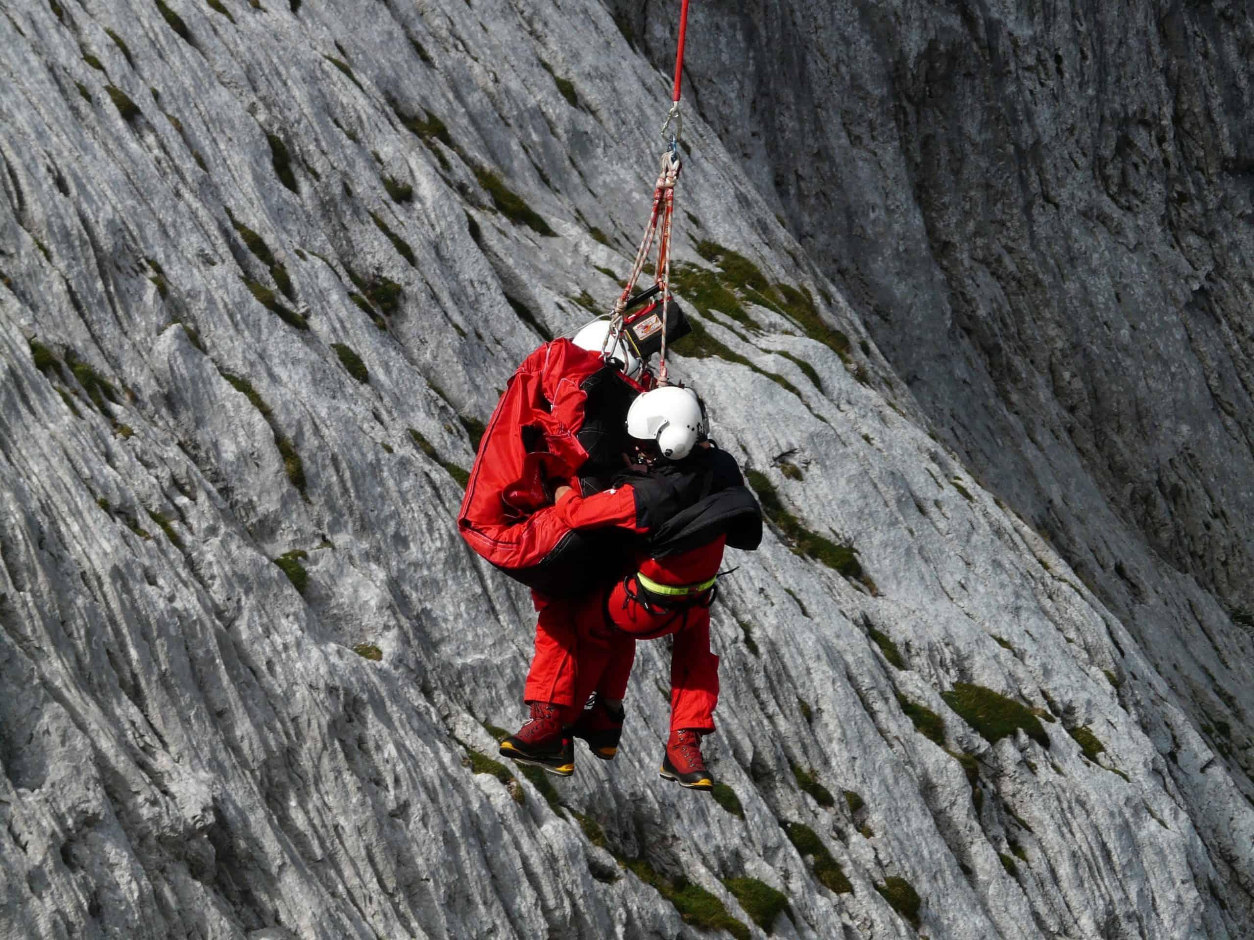 חילוץ והצלה בגובה